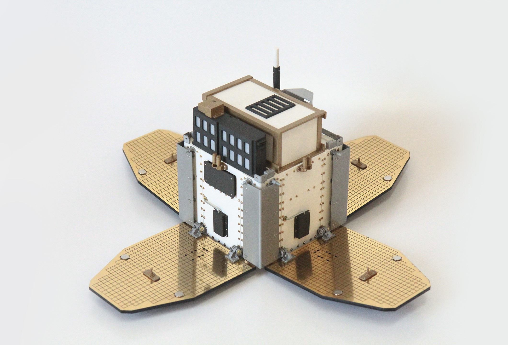 Modelo Satelital SAC-B
